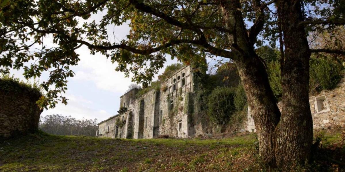Mosteiro de Santa María (Monfero)