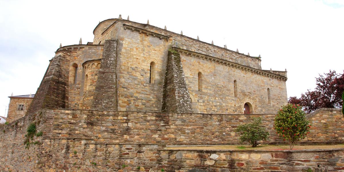 Basílica de San Martiño de Mondoñedo, exterior (Foz)